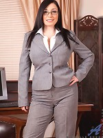 Anilos.com - Freshest mature women on the net featuring Anilos Michelle Bond naughty anilos